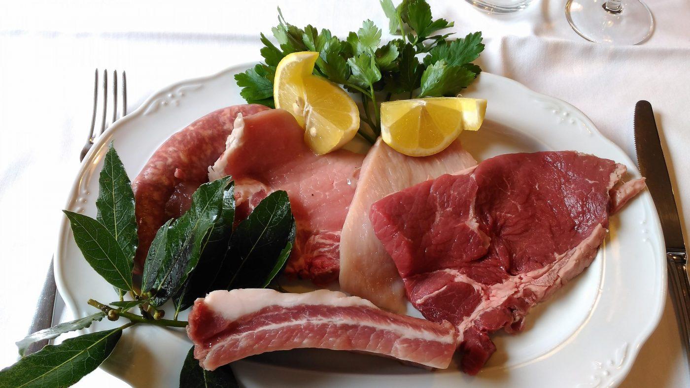 Grigliata di carni miste alla brace: esempio
