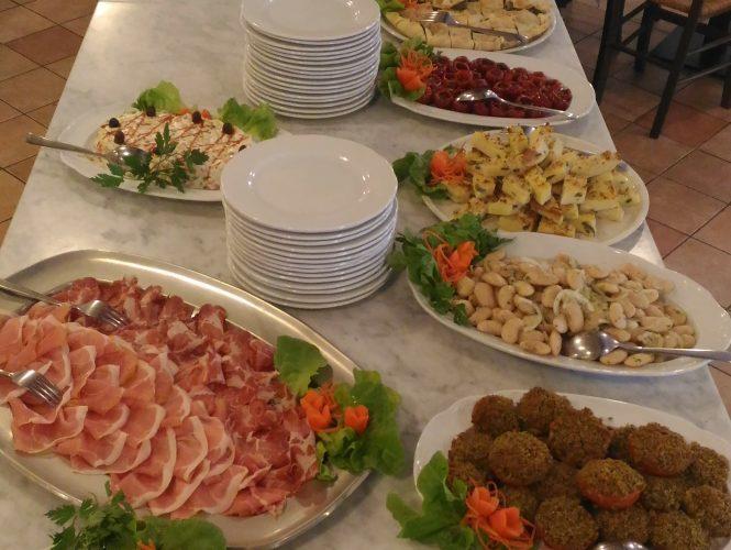 Buffet: dall'aperitivo alla cena!